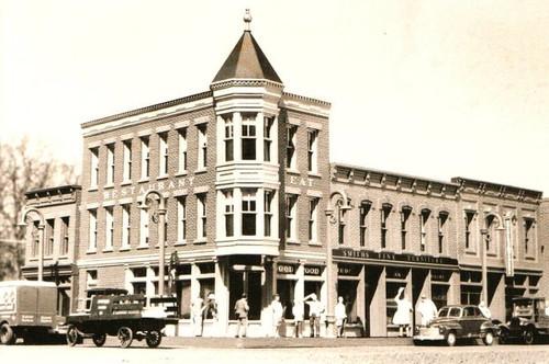 Quincy Street Kit