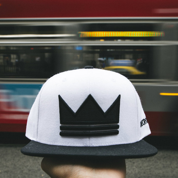 ONECROWN - Snapback Hat - White/Black