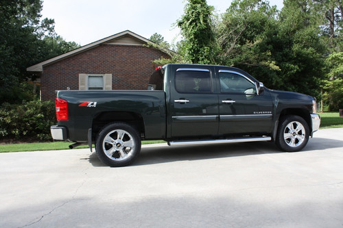 """Chrome 20"""" Groved Spoke with Black Circle Center Caps Wheels for Chevy Silverado, Tahoe, Suburban - New Set of 4"""