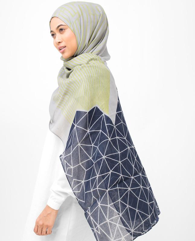 Geo & Line Print Viscose Hijab