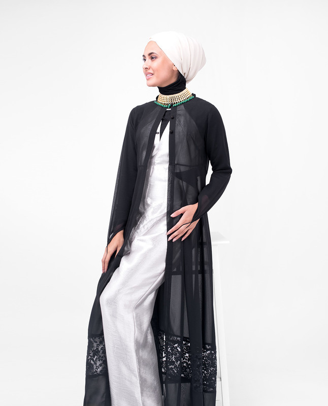 Long Black Elegant Lace Outerwear