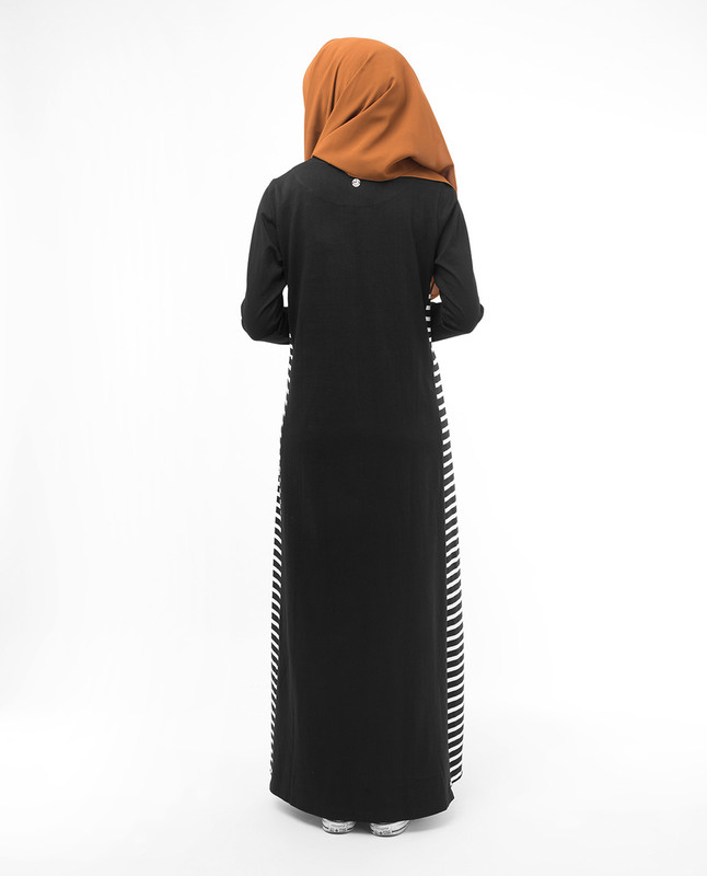 Modest fashionable muslim black abaya jilbab