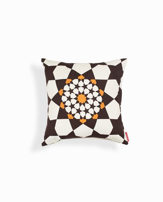Islamic Geometry Print Cushion Cover - Brown / Gold
