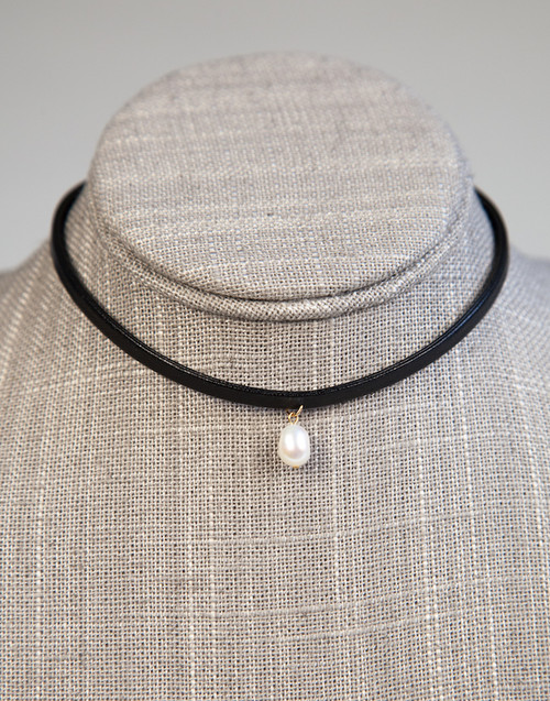 Choker with Freshwater Pearl