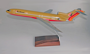 Southwest B727-200, Tan