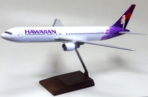 Hawaiian B767-300