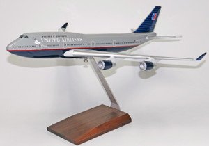 United B747-400 (Gray Top)