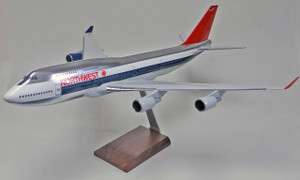 Northwest  B747-400 (Chrome)