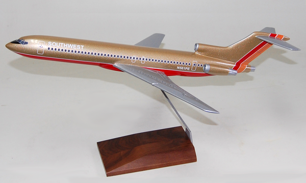 Southwest gold B727-200 model