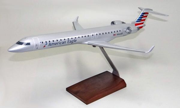 American Eagle CRJ-900