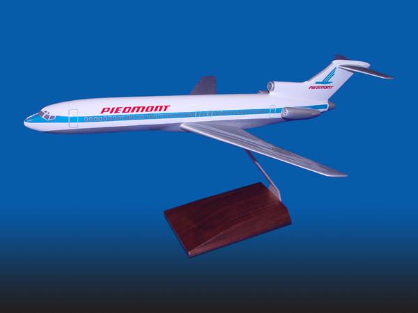 Piedmont B727-200 (Light Blue)