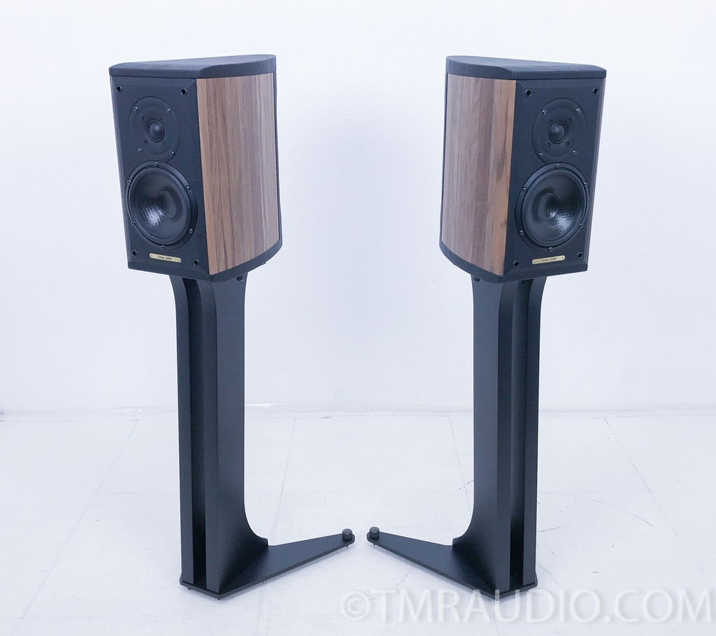 Sonus Faber Liuto Monitors / Speakers w/Stands; Walnut Pair