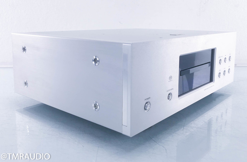 Esoteric X-01 SACD / CD Player; AS-IS (wont' read discs)