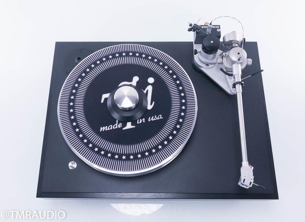 VPI Classic 2 Turntable; JMW Memorial Tonearm; Clearaudio Maestro V2 Ebony Cartridge; Dustcover