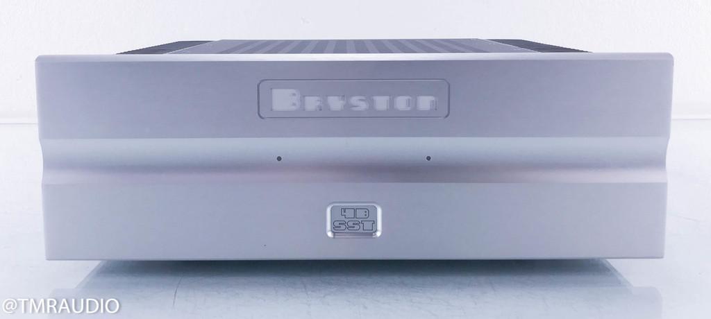 """Bryston 4B SST Stereo Power Amplifier; 17"""" Silver"""