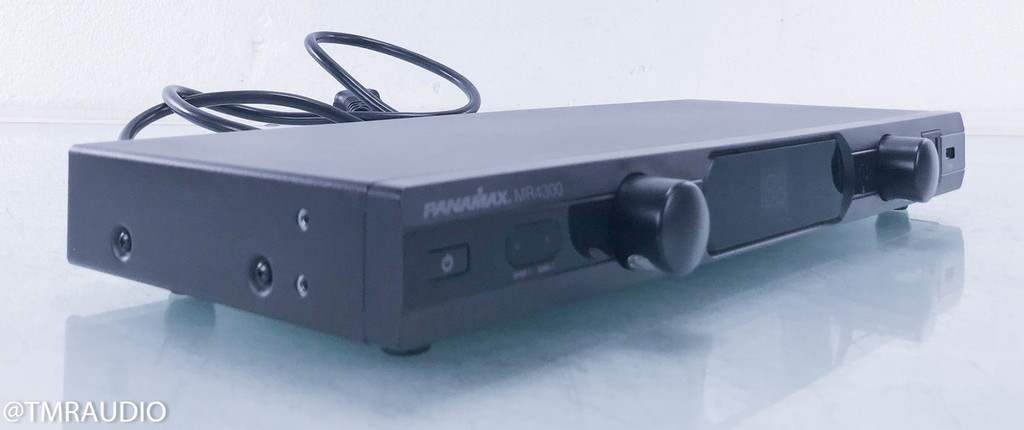 Panamax MR4300 Power Conditioner / AC Line Surge Protector