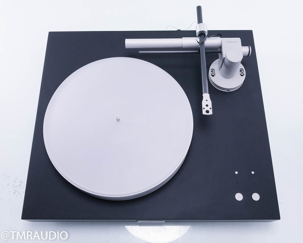 Bergmann Magne Turntable w/ 1.5m Grover Huffman Interconnect (No cartridge)