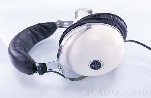 Pioneer SE-30 Vintage Stereo Headphones w/ Case