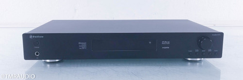 Outlaw Model 975 Preamplifier / Surround Processor; Remote