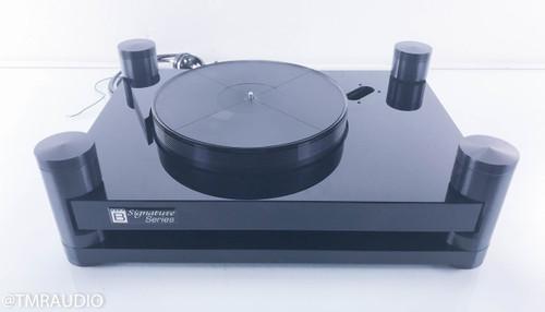 Basis Debut Signature mk V Vacuum Turntable; Many Extras (SME Tonearm Board)