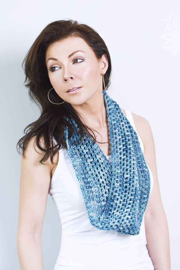 Beginner's Crochet Infinity Scarf Kit - Choose Your Color