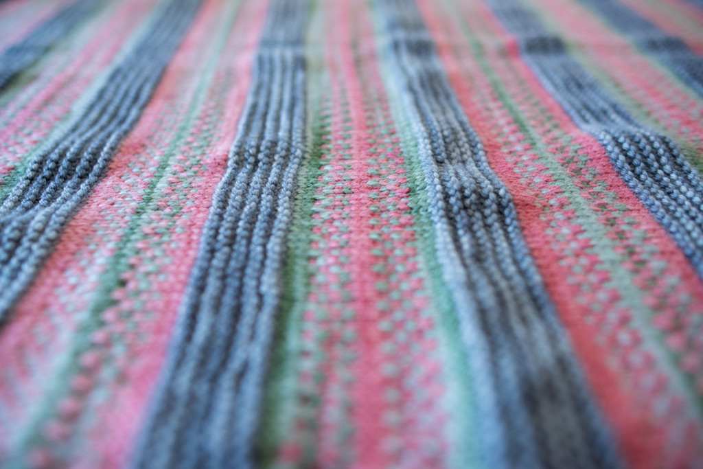 Fairy Footprints Knitted Baby Blanket Pattern