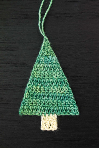 Christmas Tree Crochet Ornament Pattern