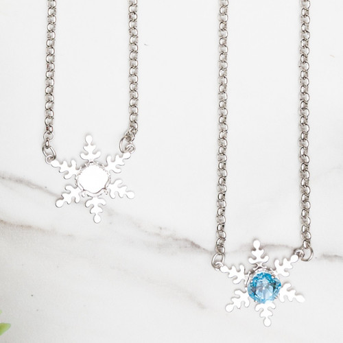 10mm Square | Snowflake Necklace | One Piece