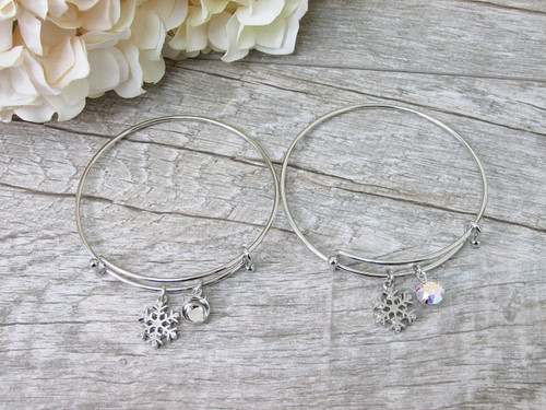 8.5mm | Snowflake Charm Bangle Bracelet | One Piece