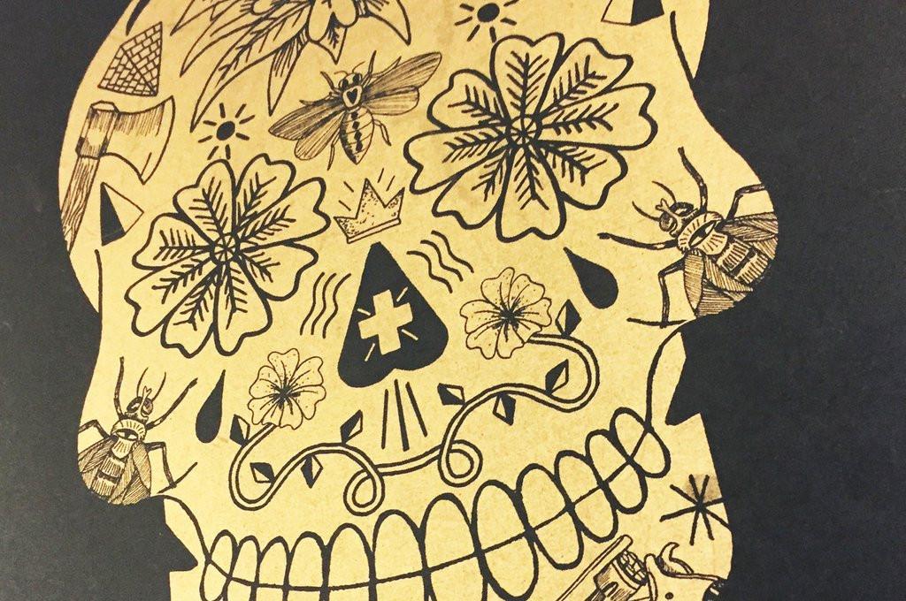 Metallic Gold Skull ( Black )