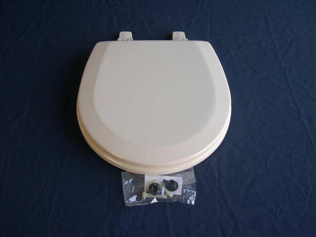 Sealand toilet seat for all Eco Vac toilets and 800,900,1000 series in bone