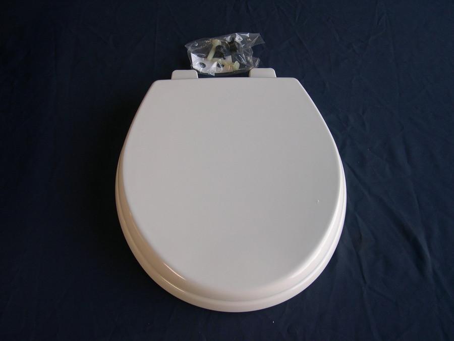 SeaLand / Dometic 385343831 Seat & Lid / Bone