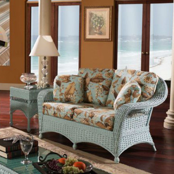 Seaside Retreat Loveseat