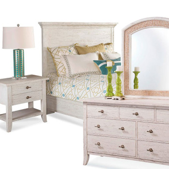Fairwind 4pc Queen Panel Bedroom Set