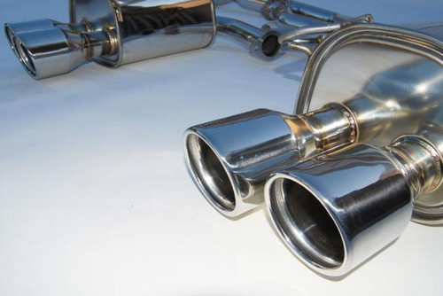 Invidia Q300 Stainless Steel 110mm Tip Cat-back Exhaust 15+ Subaru WRX/STI 4Dr