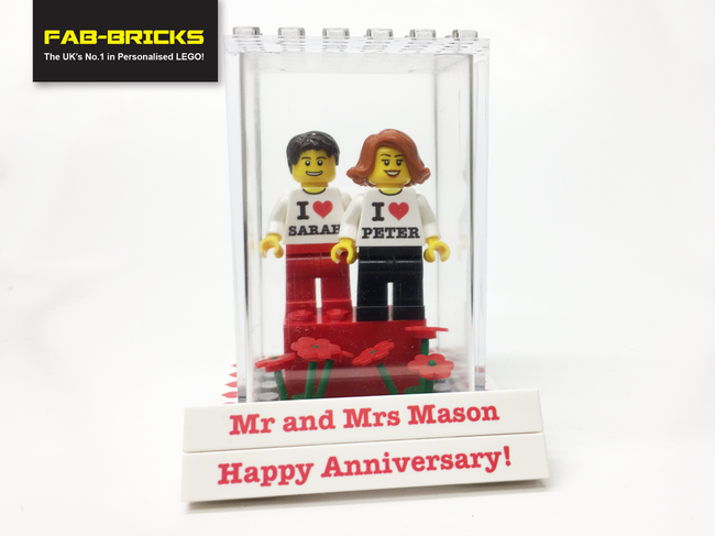 Wedding/Anniversary Display Box with 2 Figures