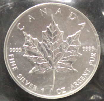 1oz. 1992 CANADIAN SILVER MAPLE LEAF COIN