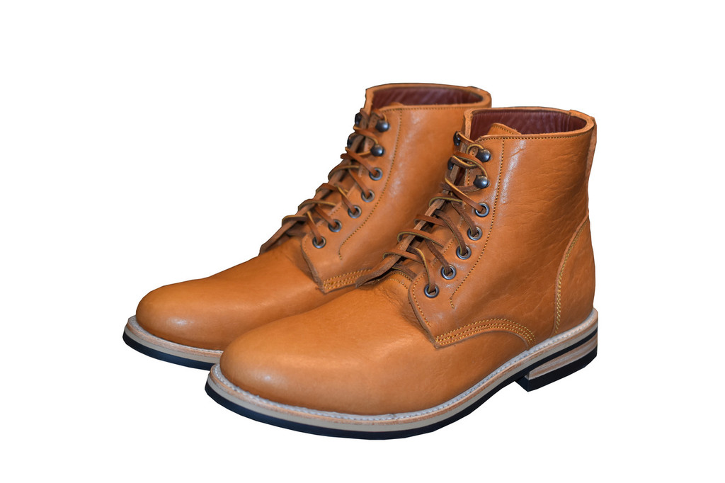 TAN BISON FOOTWEAR