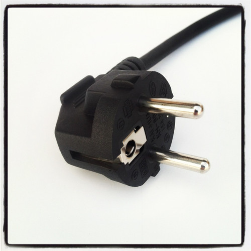 Plug Detail - 230v