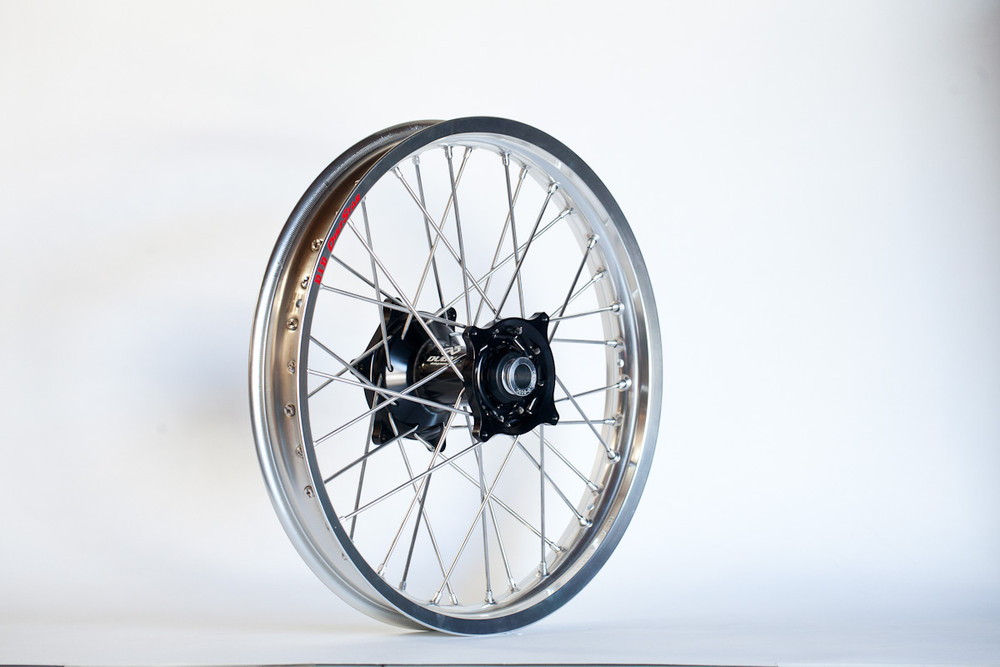 Talon Carbon Hub Wheel Set with DID Rims