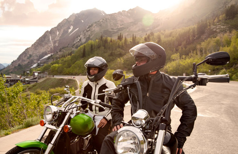 MOTORCYCLE GEAR FOR MEN AND WOMEN: WHAT'S THE DIFFERENCE?