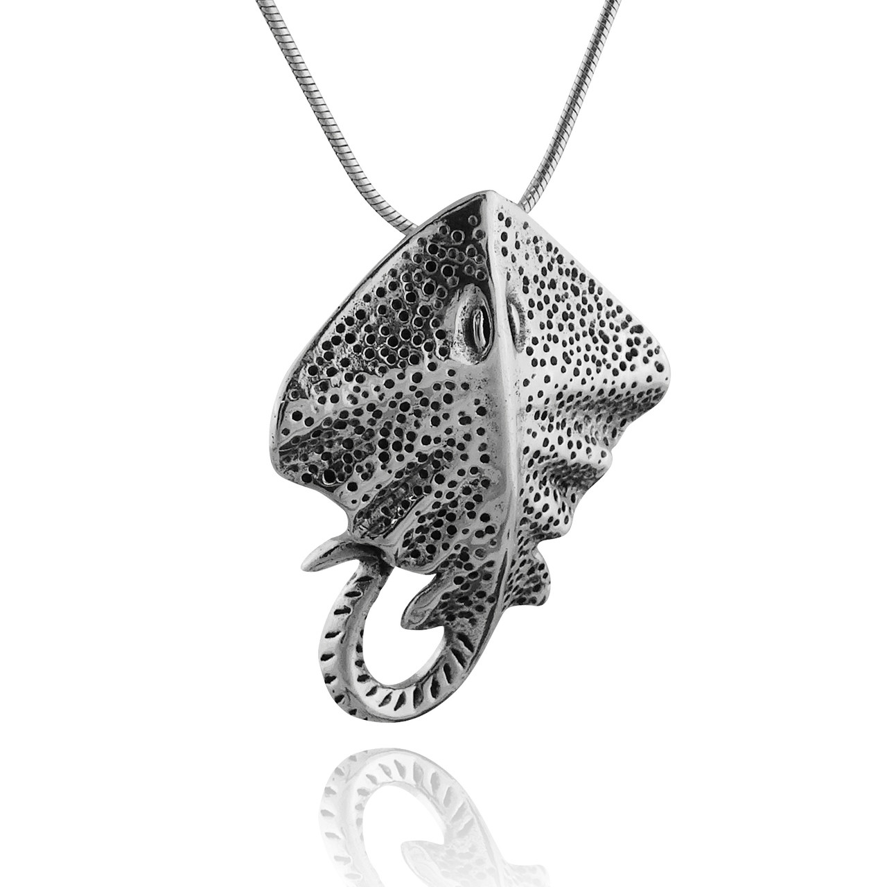 3d stingray pendant necklace 925 sterling silver fashionjunkie4life 3d stingray pendant necklace 925 sterling silver mozeypictures Gallery