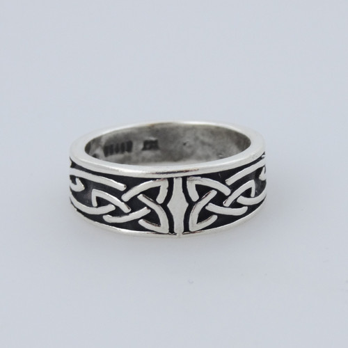 trinity knot celtic ring in 925 sterling silver