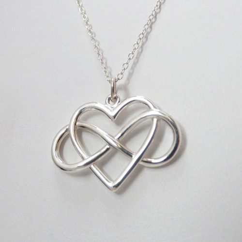 large infinity heart necklace in 925 sterling silver. Black Bedroom Furniture Sets. Home Design Ideas