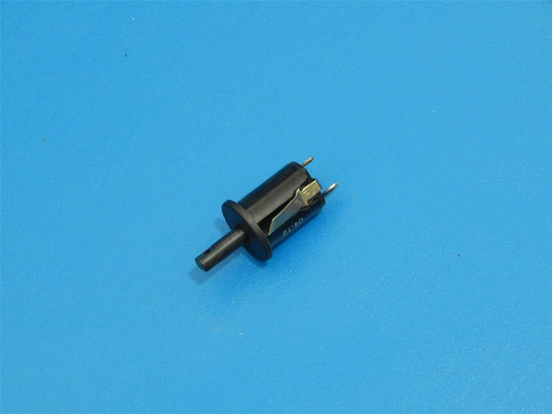 Maytag Gas Oven Range MGR5755QDQ Door Switch 74008703