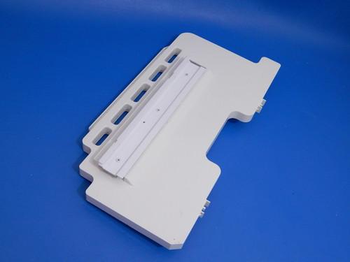 GE Bottom Mount Refrigerator PFSS5NJWA Freezer Center Slide WR02X12418
