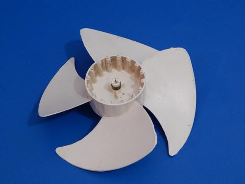 GE Bottom Mount Refrigerator PFSS5NJWA Condenser Fan Blade WR60X10206