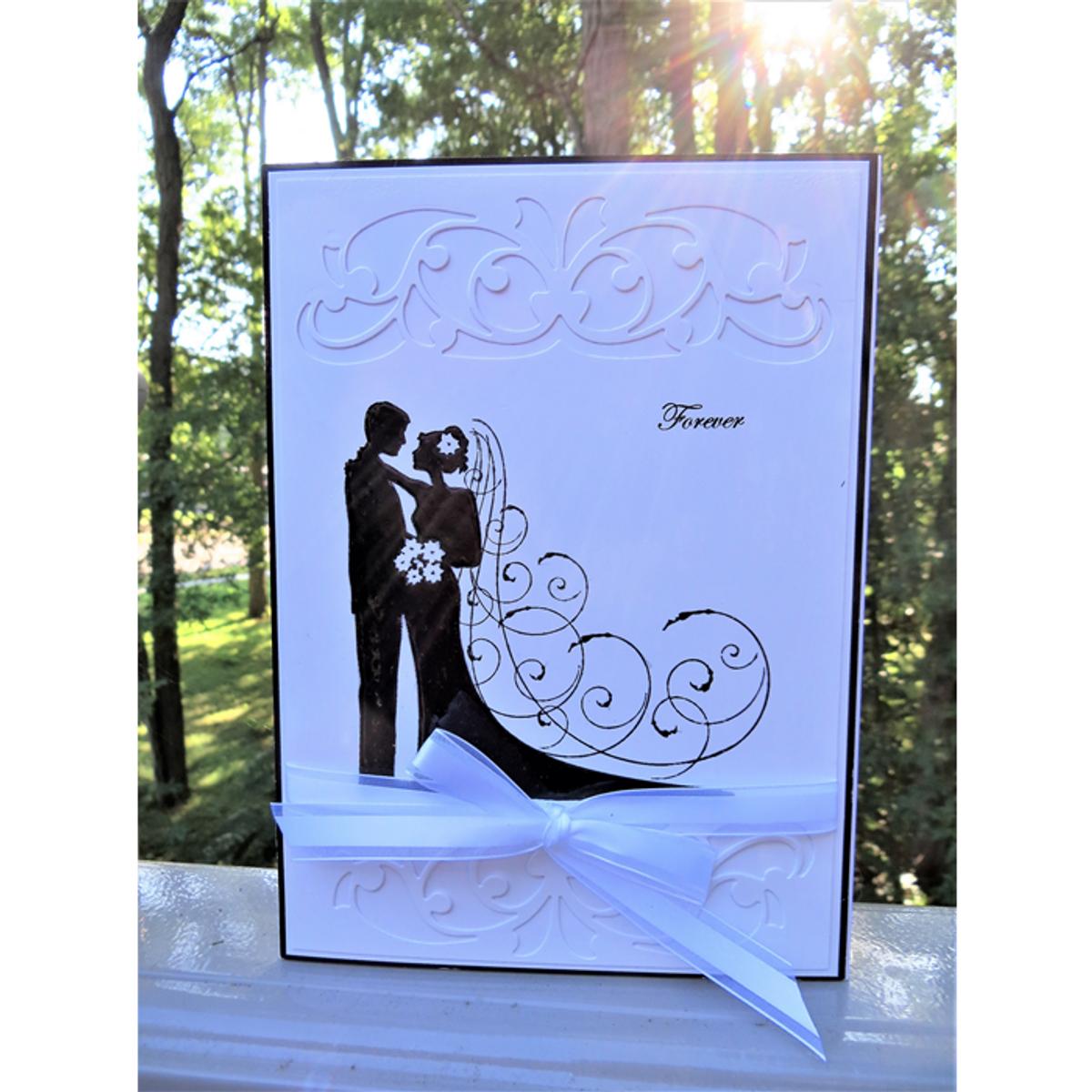 Identify Bridegroom: Bride And Groom