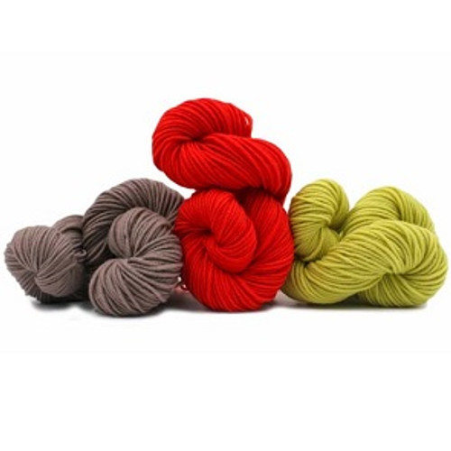 M6  is a classic Superwash wool from Trendsetter Yarns.