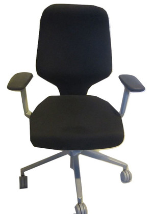 Orangebox G464 Giroflex Chair (DF2-A97-778)